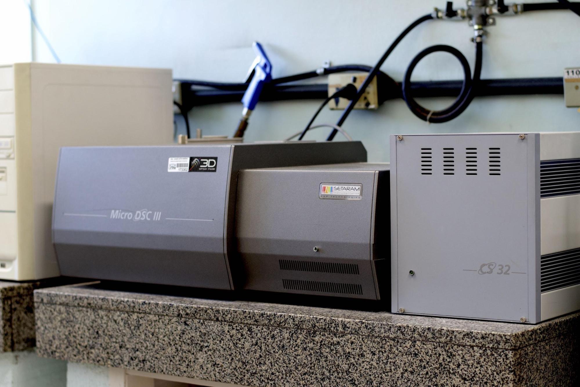 Figura 2: Equipamento DSC, marca Setaram, modelo micro DSC III<br/>FONTE: BIOPOL, (2020).